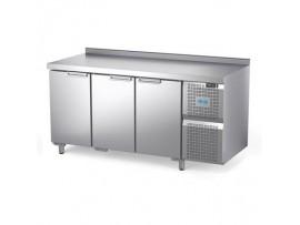 Стол охлаждаемый Диксон СТХ-3/1670М (3 двери)
